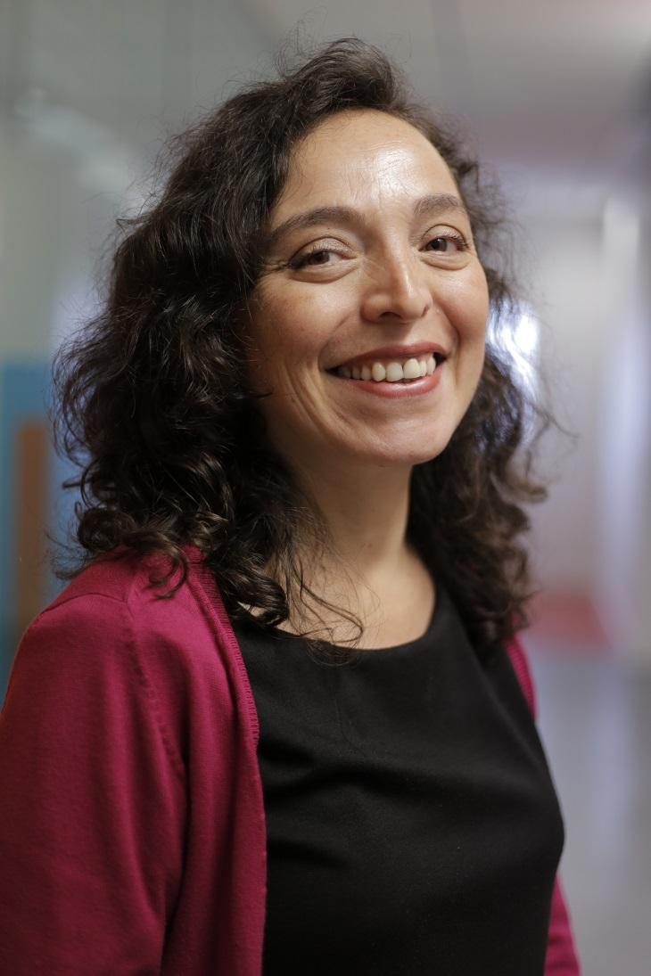 Alejandra DUENAS